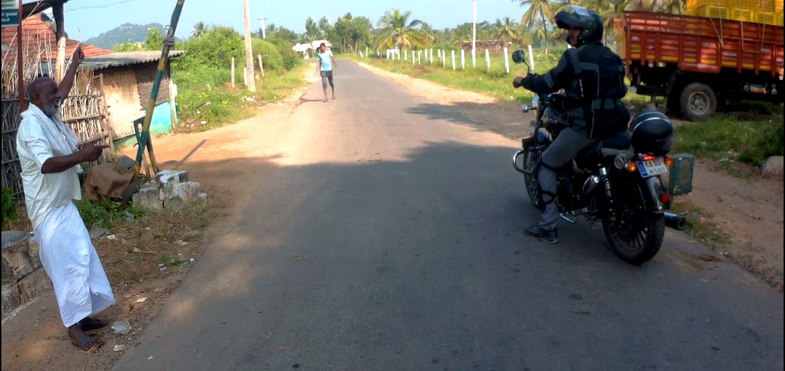 Discussion with the local at Checkpost